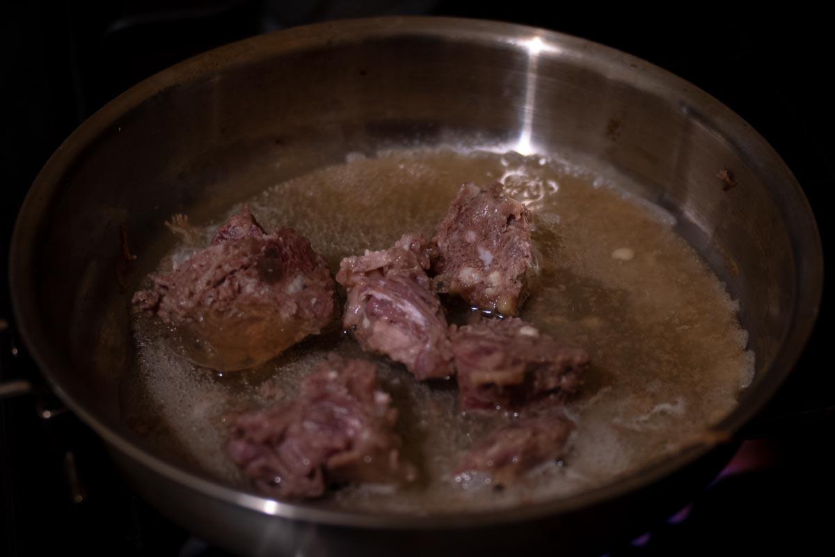 Пробуем говядину тушеную «Невероятно дешево»