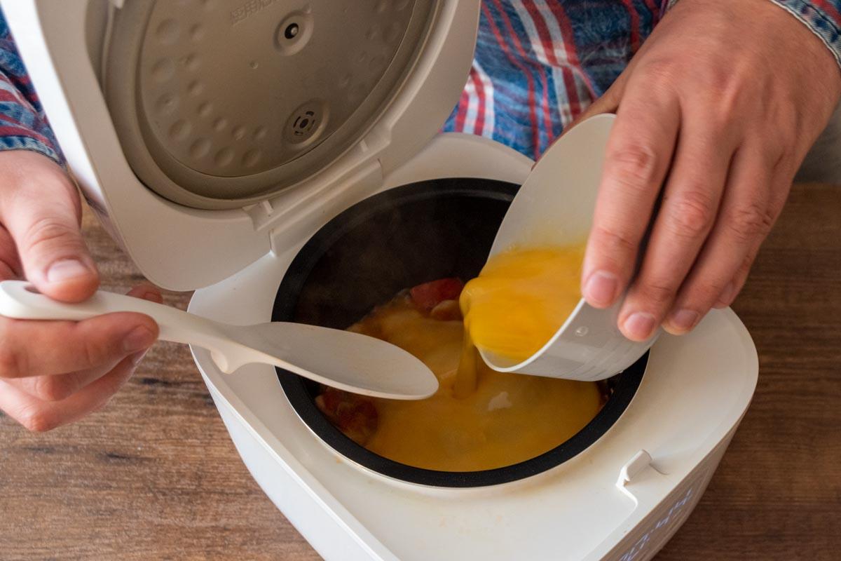 Омлет с грибами и томатами в мультиварке © Я поел!