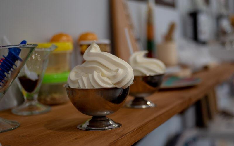 Секрет мягкого мороженого в кафе и ресторанах © Я поел!