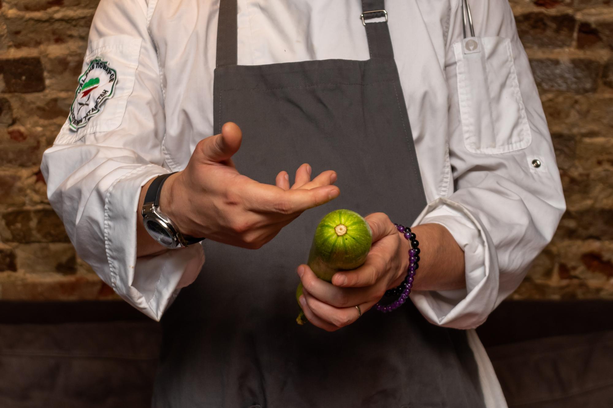 Секреты от шефа: Ильнар Гайнутдинов научит готовить воздушное пюре и не только