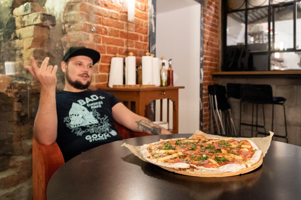 Рецепт настоящей неаполитанской пиццы от Camorra Pizza e Birra