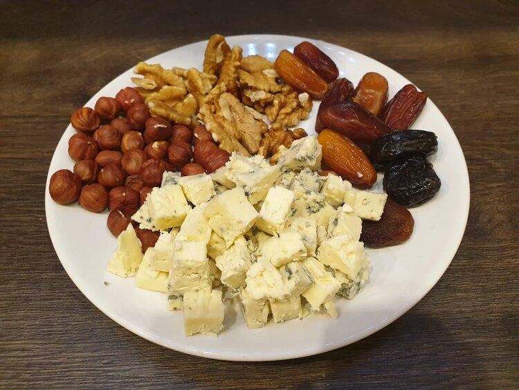 Пробуем сыр «GrandBlu» сливочный с голубой плесенью