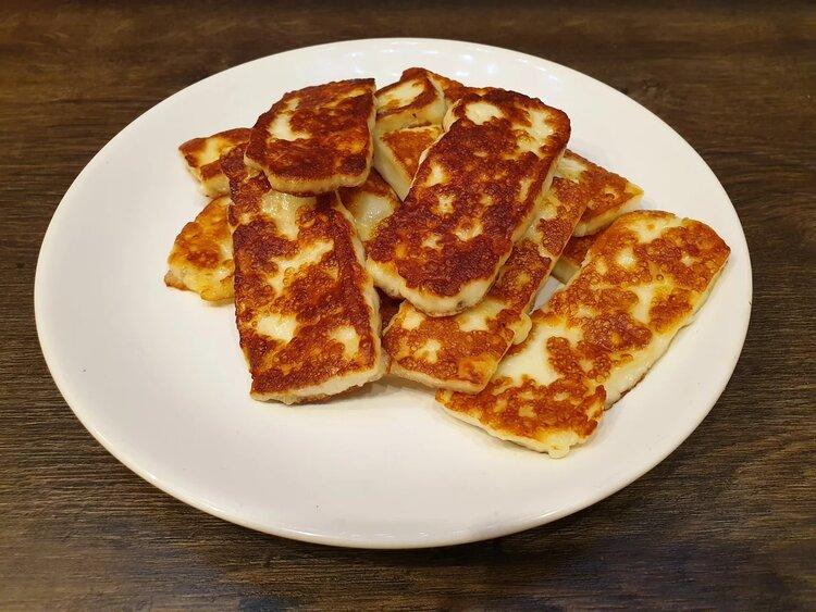 Пробуем сыр Сернурский «Халумис» для жарки