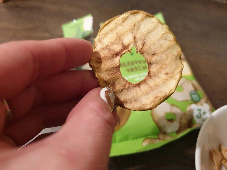 Пробуем яблочные чипсы «Яблоков»
