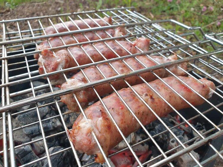 Пробуем колбаски для гриля «Томатос» из козлятины «Сернурский сырзавод»