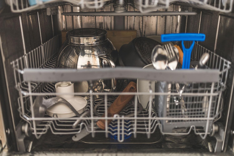 Рассказываем про нашу посудомоечную машинуCandy Brava CDIN 1D672PB-07 © Я поел!