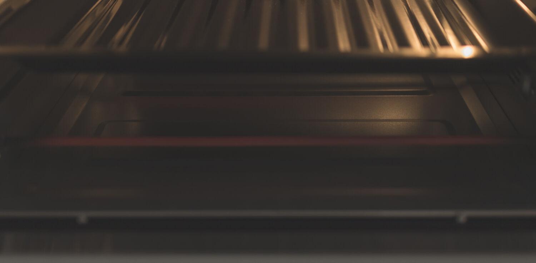 Готовим сосиски-мумии в компактной электропечи HYUNDAI MIO-HY050 © Я поел!